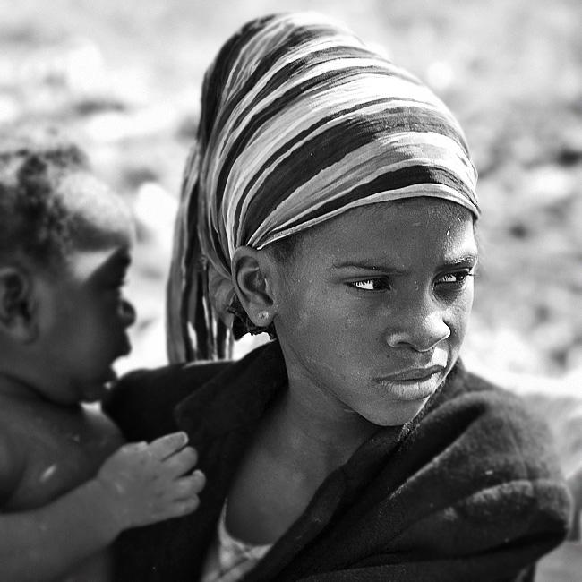 Dziewczyna z perłą - fot. /Luanda/ - Dorota Łajło, której zdjęcia prezentować będziemy już niedługo.